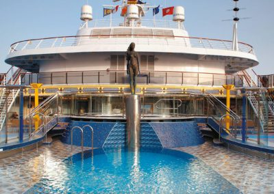 costa-mediterranea-pool