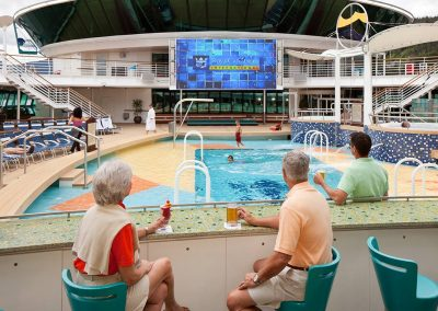 Radiance of the Seas Pool